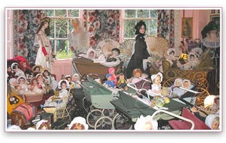 Vina Cooke Museum of Dolls